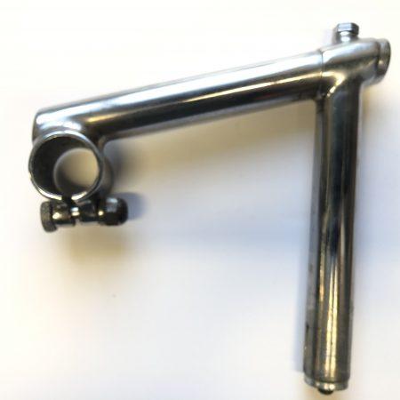 s/hand track stem